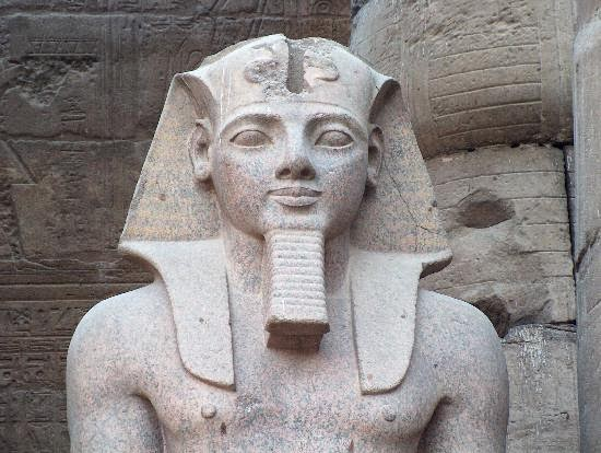 statue-of-ramesses-ii
