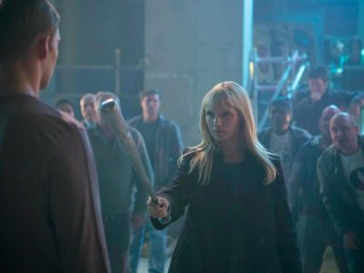 humans-episode-104-niska-berrington-bat-800x600